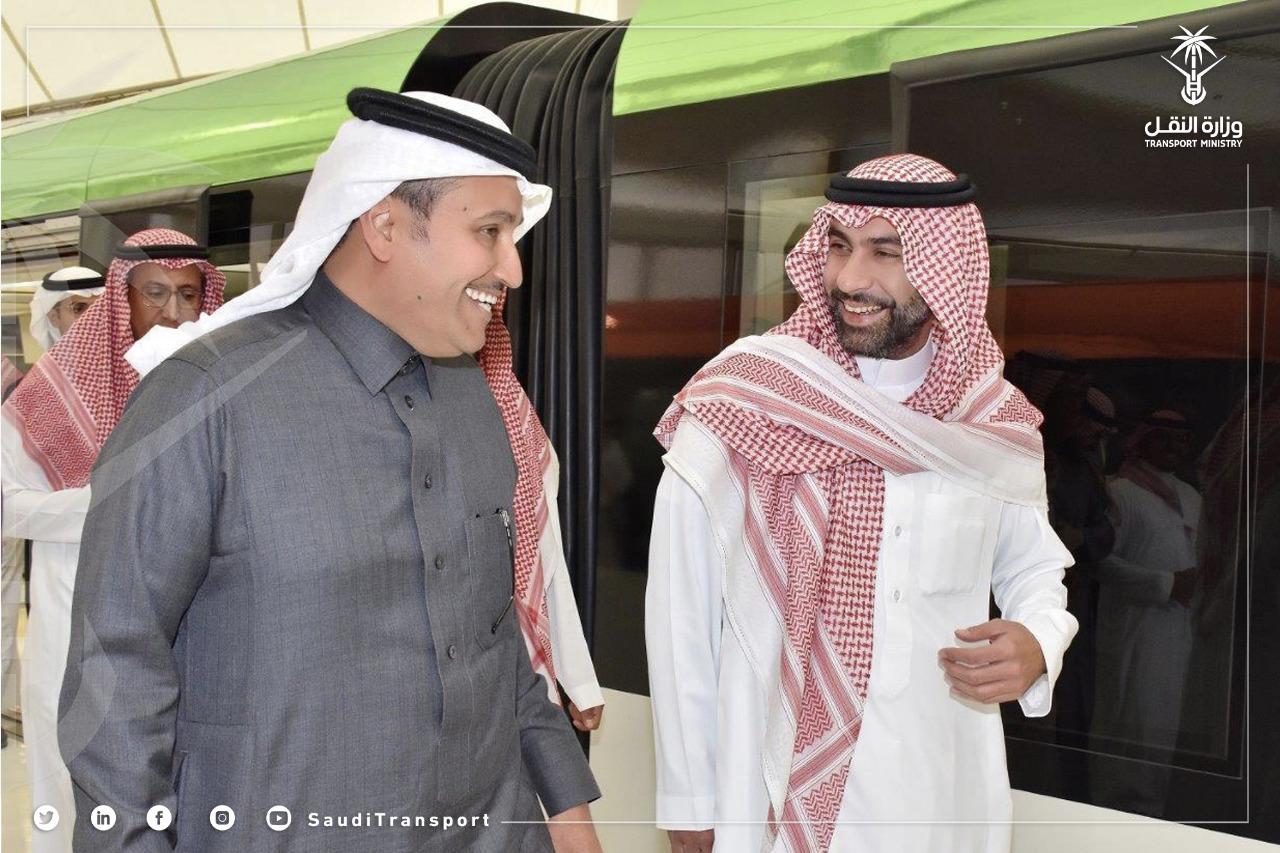 وزير النقل يزور مشروع الملك عبدالعزيز للنقل العام بمدينة الرياض القطار والحافلات